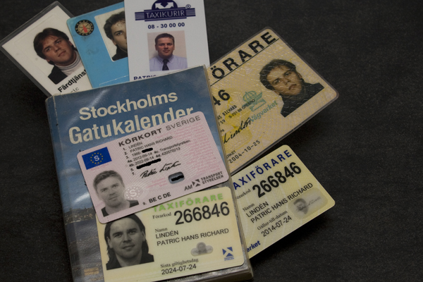 Körkort och legitimation