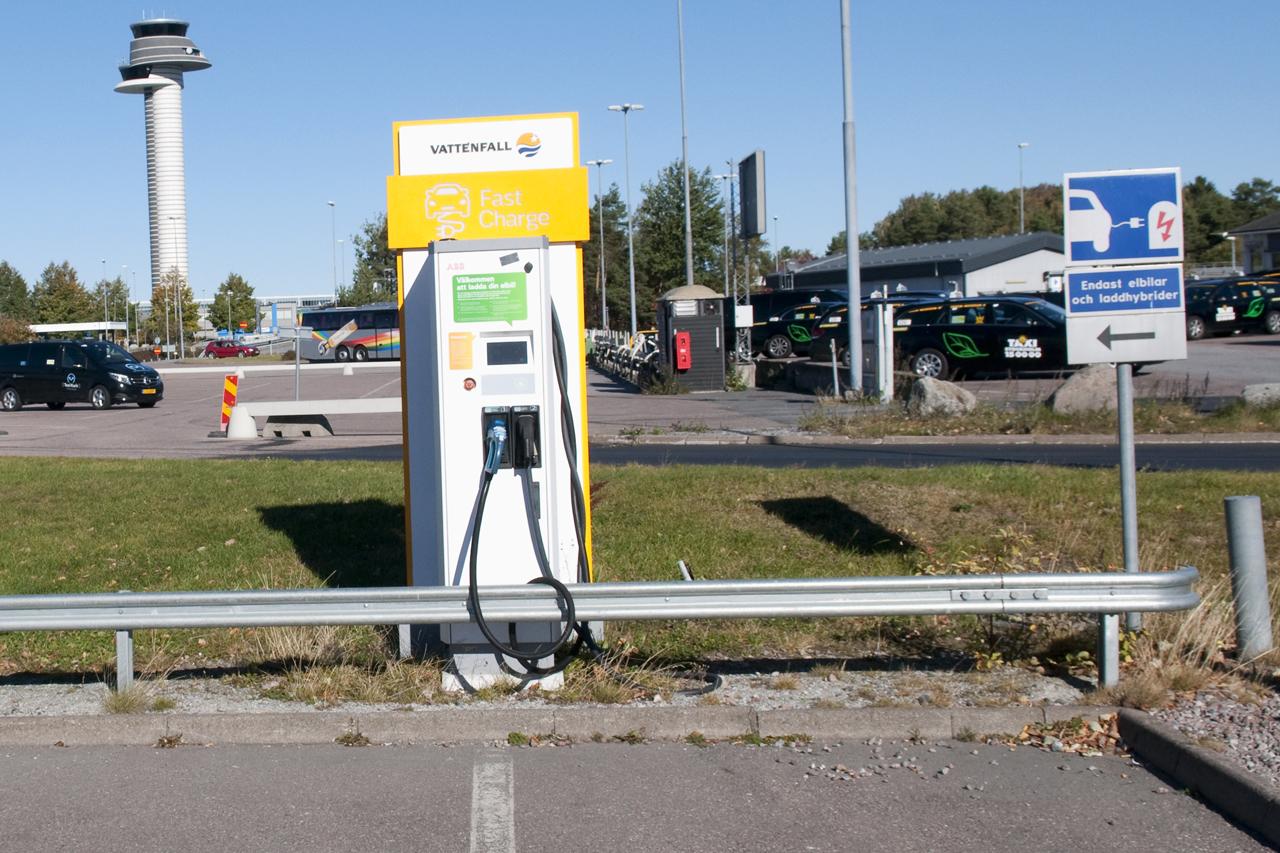 Snabbladdare Arlanda Taxiuppställning