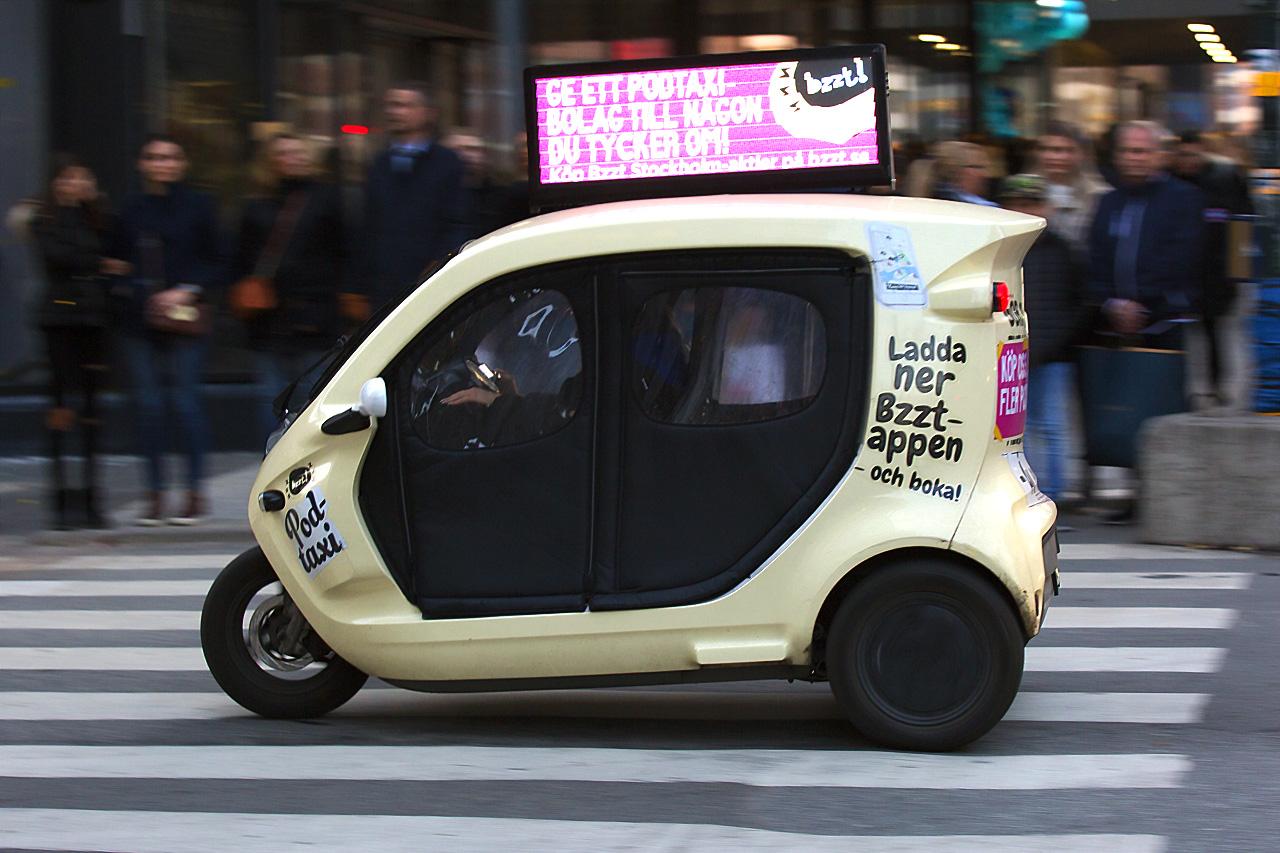 Bzzzt pod-taxi